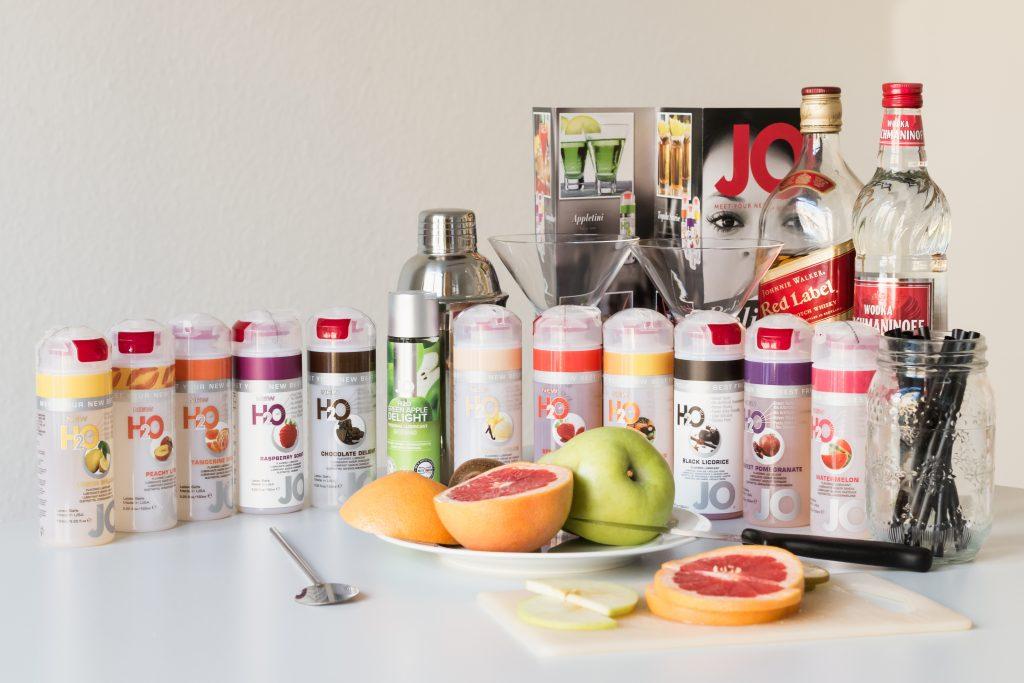 Mit dem JO Cocktail-Gleitgel lassen sich auch hochprozentige Cocktails mixen.
