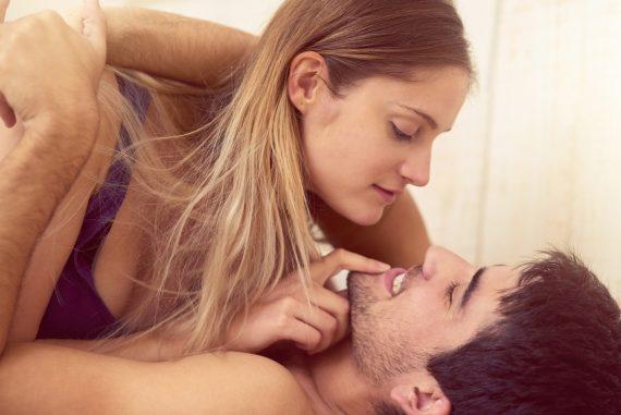 Dieses Sexspielzeug für Paare solltest du dir unbedingt anschaffen!
