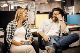 Verliebt in den Arbeitskollegen - Hat Liebe am Arbeitsplatz eine Chance?